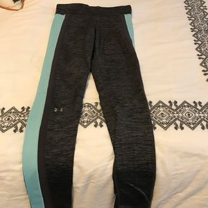 Small Under Armour running tights.